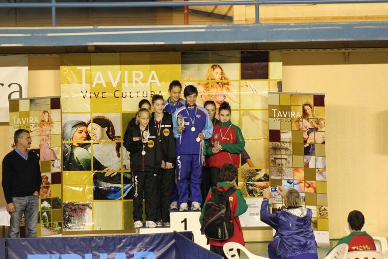 Cadetes femininos com Medalha de Bronze