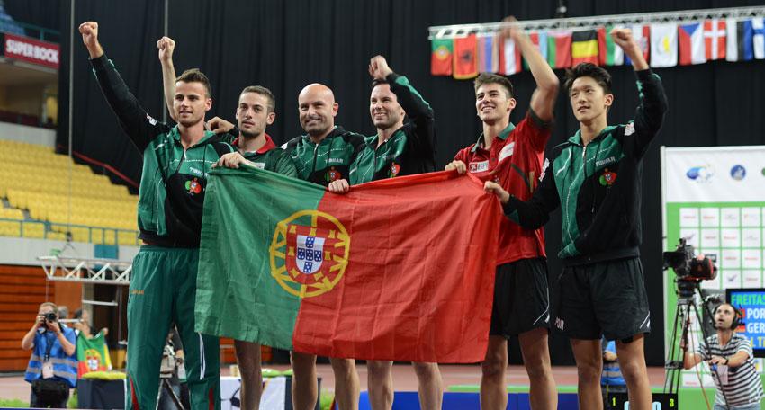 Cavaco Silva homenageia seleção nacional campeã europeia